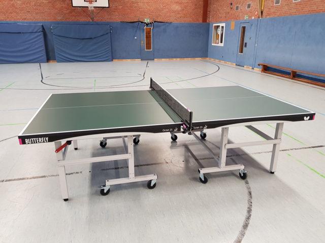 Neue Tischtennisplatten für die Sparte